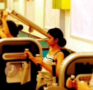 Cvičení před snídaní? Ano! Lépe spálíte tuk a zlepšíte citlivost na inzulín