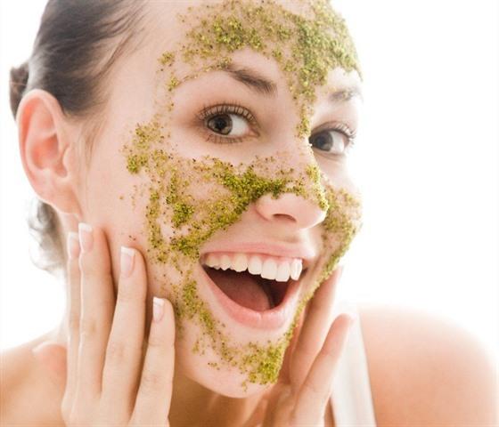 Levandulový peeling – provoní a rozzáří vás obličej i pokožku