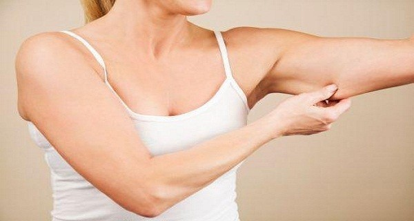 Jak na povislou a povolenou kůži? Jak zpevnit pokožku po velkém hubnutí? Poradíme vám.