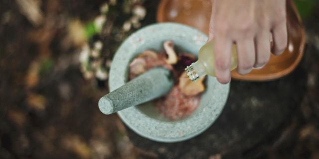 Esenciální oleje a co je o nich dobré vědět