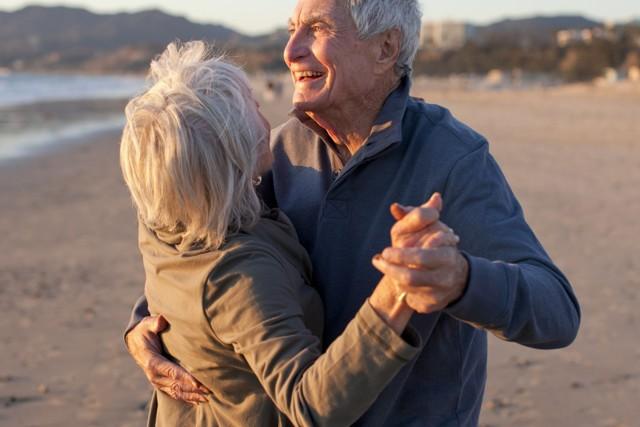 Modré zóny dlouhověkosti – kde jsou a proč zde lidé žijí o tolik déle?