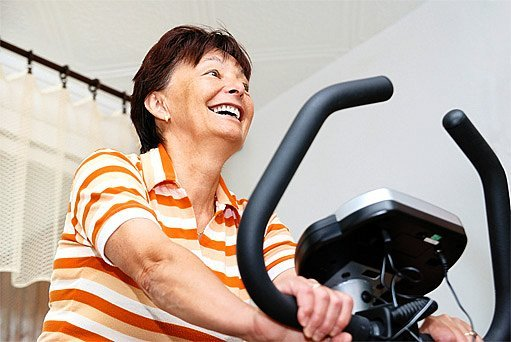 Jak zvýšit hustotu kostí? Máme pro vás 12 rad a tipů