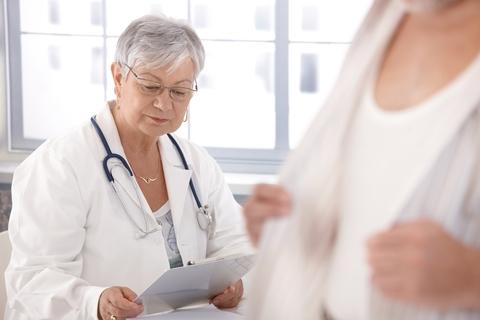Prolaps (pokles) dělohy – příčiny, příznaky a léčba