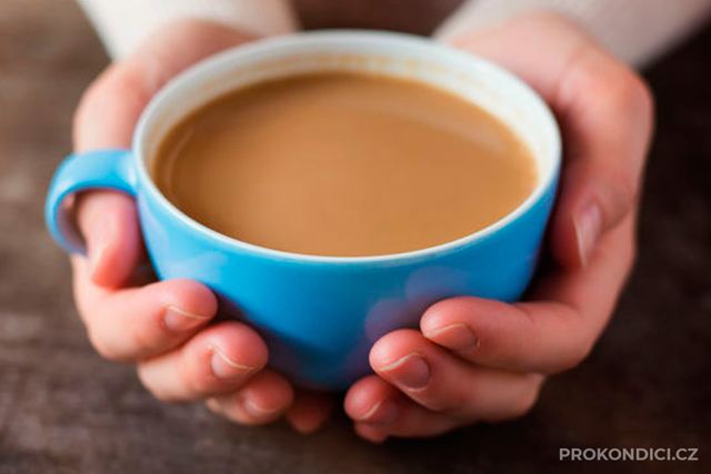 Jak pít kávu a přitom neškodit zdraví?