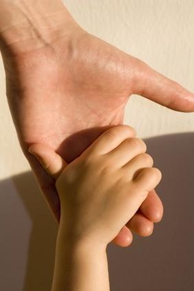 Děti jsou ze situace zmatené a nejisté. Jak to poznáte a co stím