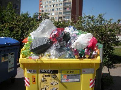Plast je možná nejlepším řešením. Eliminujme obaly, které nemůžeme dále využívat