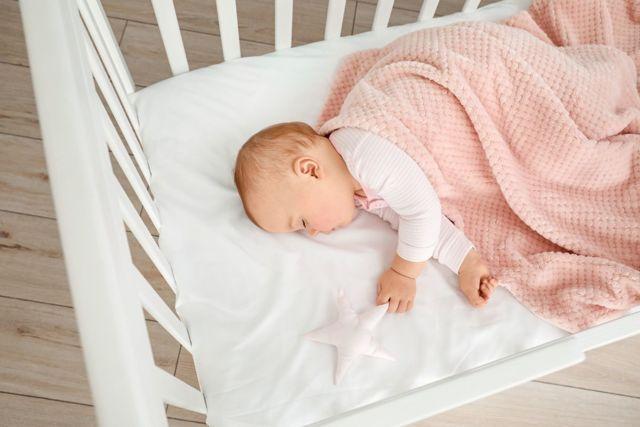 Společné spaní: bude dítě závislé?