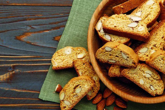 Pečeme cukroví: Jak získat změklé máslo do deseti minut