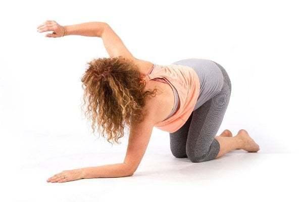 5cviků kefektivnímu posílení svalů zad svlastní vahou