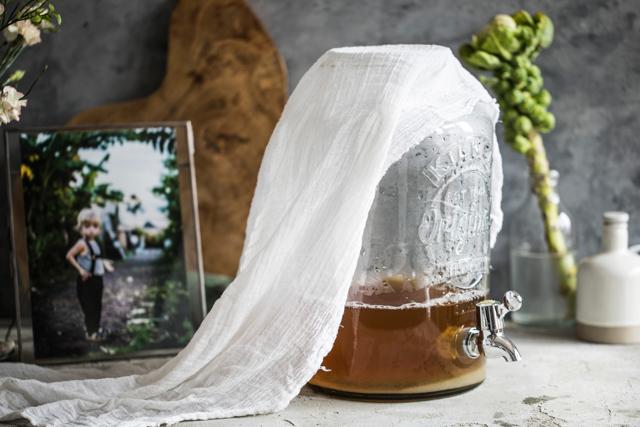 Kombucha: Když vám zkysne čaj, nevadí to