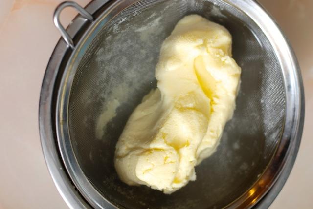 Test: Vyplatí se výroba domácího másla?