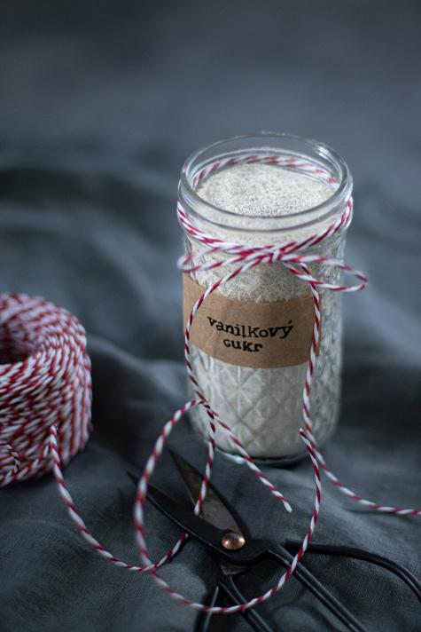 Stojí několik set korun, ale pravá vanilka to není