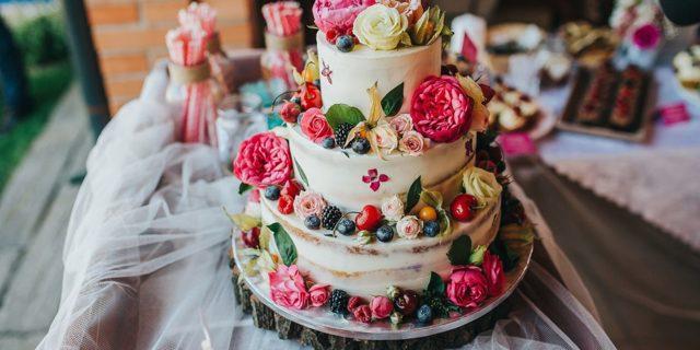 Svatební dort je třeba objednat irok dopředu