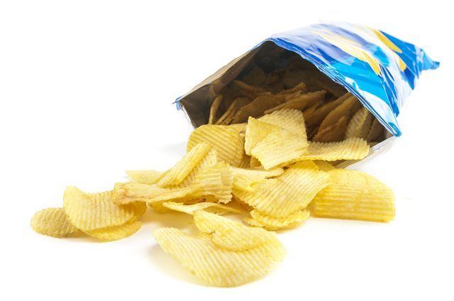Proč mají chipsy tak nafouklé sáčky?