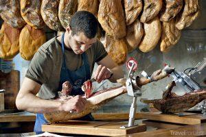Jamón– španělská šunka patří knejdražším a nejlepším nasvětě