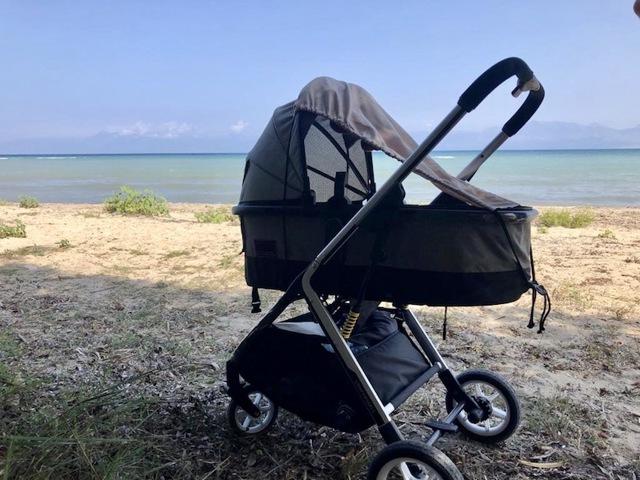 Na co si dát pozor, když vyrážíte s miminkem k moři?