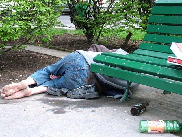 Alkoholiků přibývá, záchytek je málo