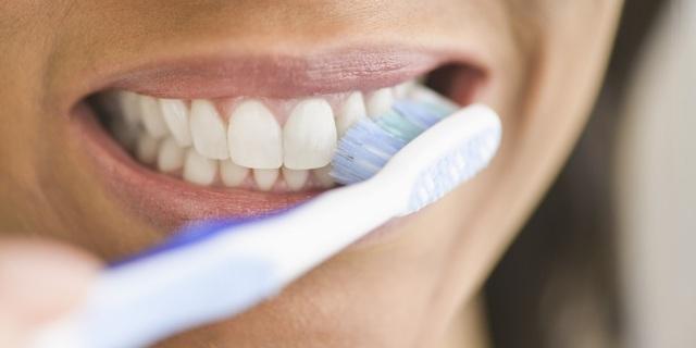 Víte, jak si správně vyčistit zuby?