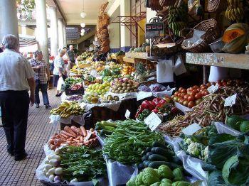 Tišnovské trhy nabídnou zeleninu, bylinky a plno květin