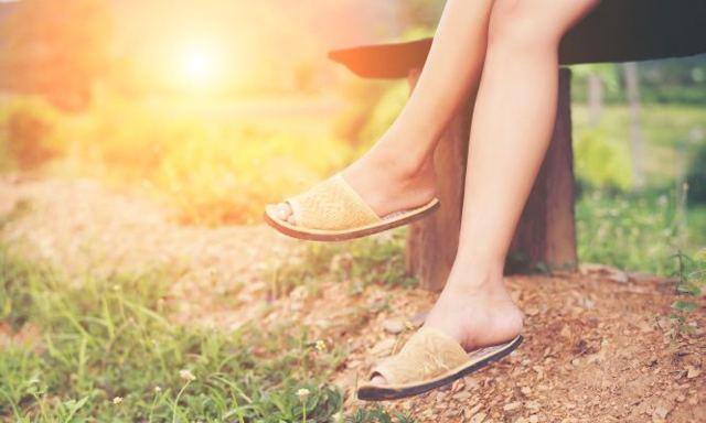 Které boty vám zničí nohy?