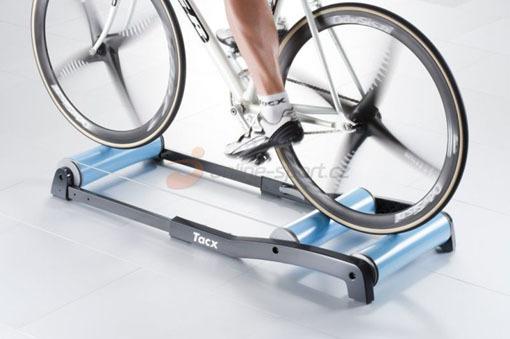 Vítězem se stává a na cyklistický trénink vyrazí...