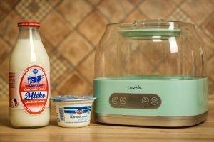 Má smysl kupovat mléko z farmy? Jak pro koho
