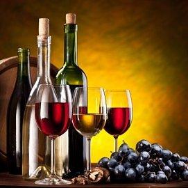Pitím vína si prodloužíte život o půl roku. Ale v jakém množství?