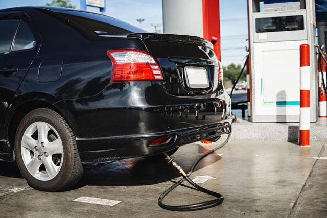 Ceny benzínu stoupají. Vyplatí se alternativa?