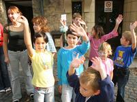 Je krize, na prázdniny nemáme, slyší doma děti častěji