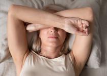 Před rakovinou prsu chrání kojení ičasná menopauza