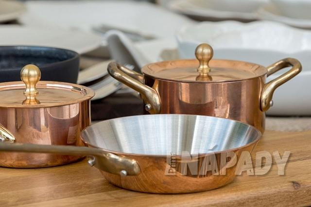 Je měděné nádobí jen drahou módou nebo je zdravé?