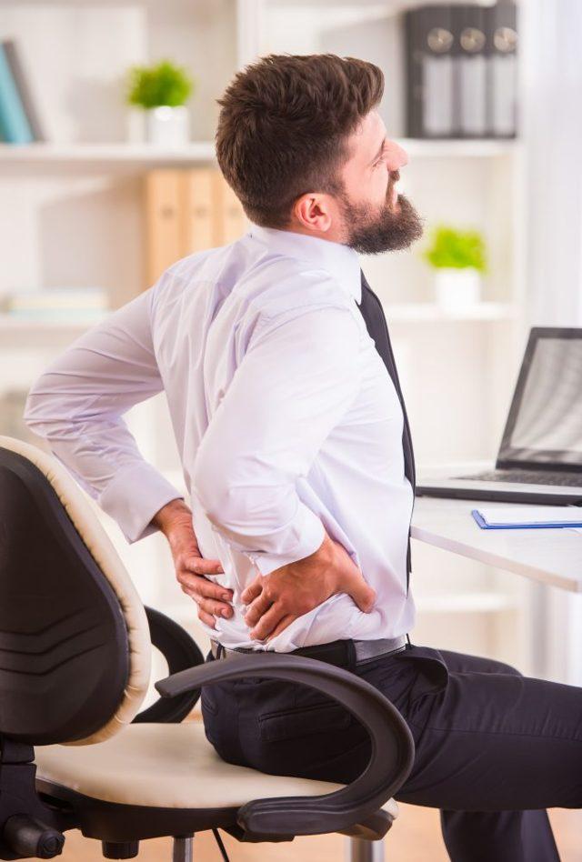 Fotogalerie: Nepohodlná židle jako lék na bolavá záda