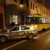 V Plzni do tramvaje i s kolem