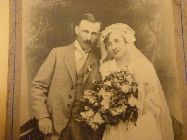Stane se zlatá svatba minulostí?