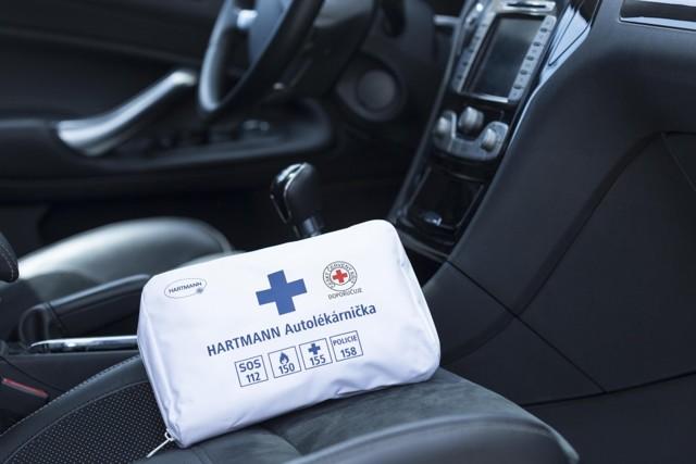Řidiči, připravte si lékárničku. Hrozí kontroly