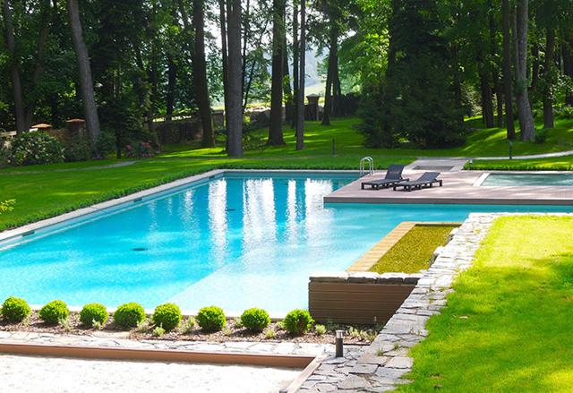 Hledáte ubytování na farmě? V nabídce je seník, ale i wifi a bazén