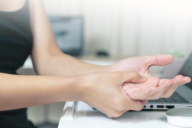 Zranili jste se v práci? Ne vždy máte nárok na odškodnění
