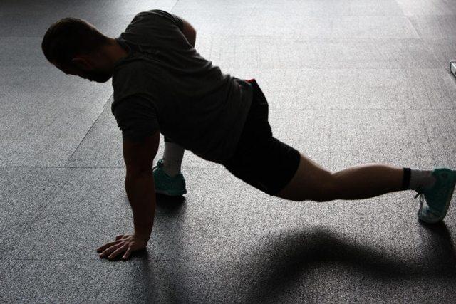 Jak cvičit, abychom nebyli ještě více hubení?