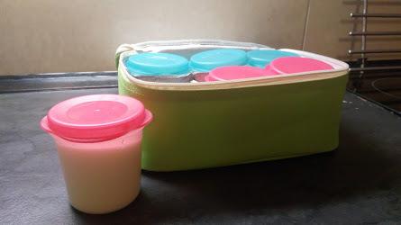 Jogurty v kelímku, ve skle, nebo domácí?