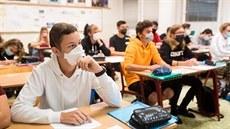 Školákům dnes začínají prázdniny