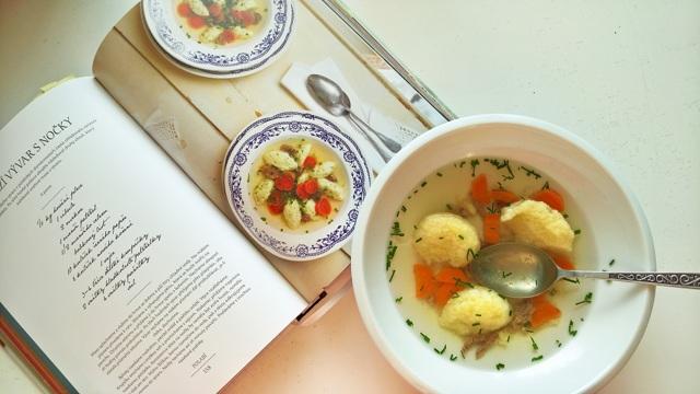 Vyhrajte kuchařku recepty z farmářského trhu - soutěž pokračuje!