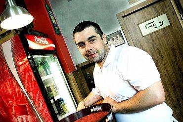 Majitel nekuřácké restaurace: Vyhodil jsem popelníky a tržby jsou v plusu
