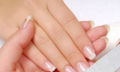 Koilonychie (lžičkovité nehty) – příznaky, příčiny a léčba