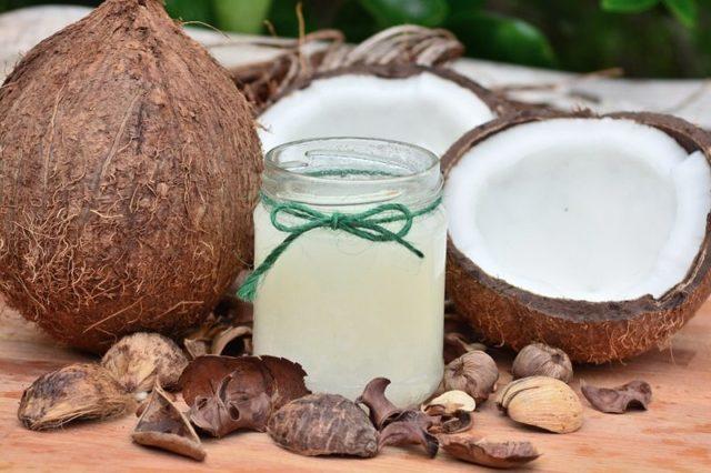 Kokosové mléko a kokosová voda jejich účinky na zdraví – v čem prospívají?
