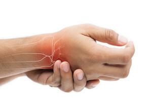 Tendinitida či zánět šlach – příznaky, příčiny a léčba
