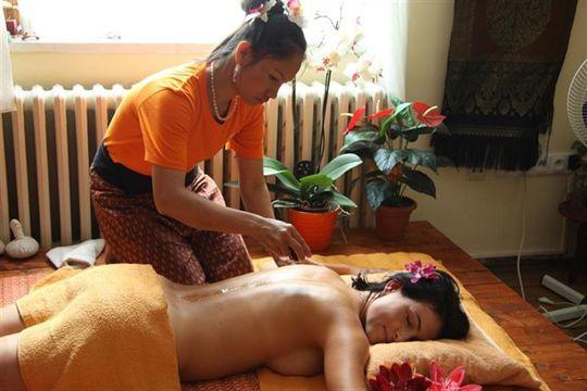 Ashiatsu masáže – příjemné a zajímavé masáže nohama