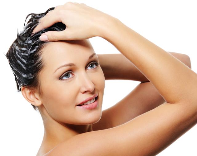 Jak si vyrobit domácí šampón?