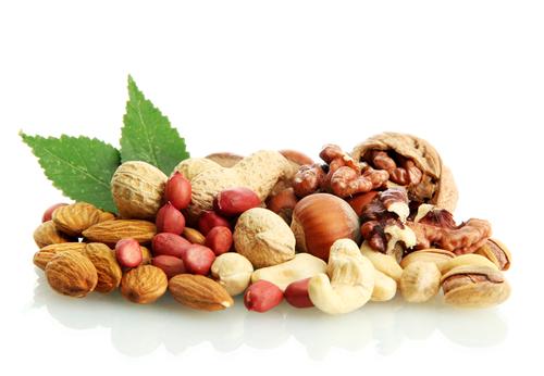 Kvašené ořechy a zdraví – udržují nízkou hladinu cholesterolu a regulují krevní tlak