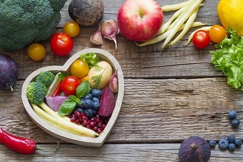 Hormony v našem těle – mohou způsobovat tloustnutí i akné