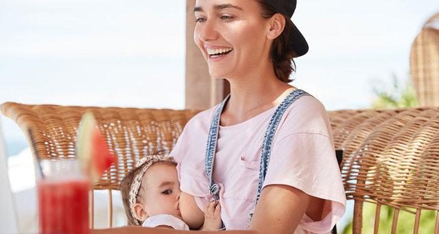 Potraviny při kojení – co jíst pro tvorbu mateřského mléka?
